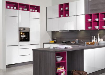Küchenstudio Janthur-Frabtrend-violett