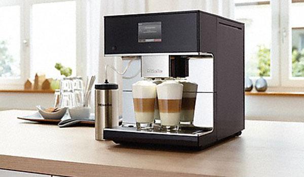 Stand-Kaffeevollautomat CM7